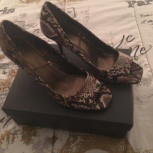 Womens shoe size 9
